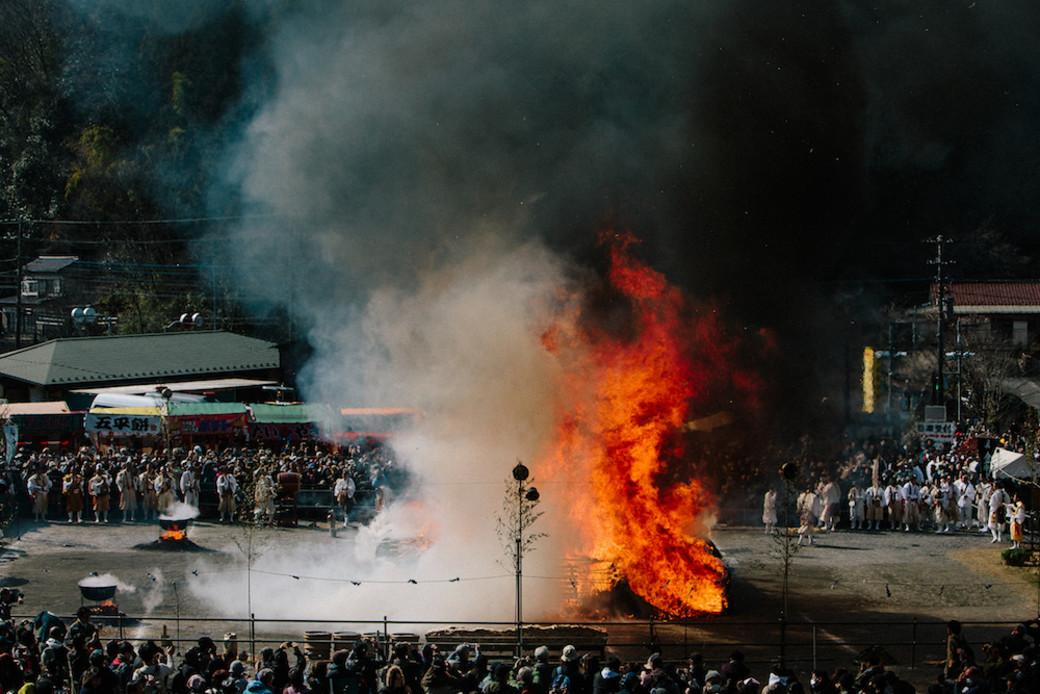 Takao firewalking blaze Japan